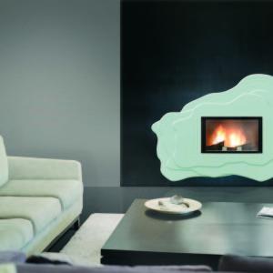 cheminée design wodtke habillage ECHOS Ulys 900 habillage échos couleur lait vue d'ambiance